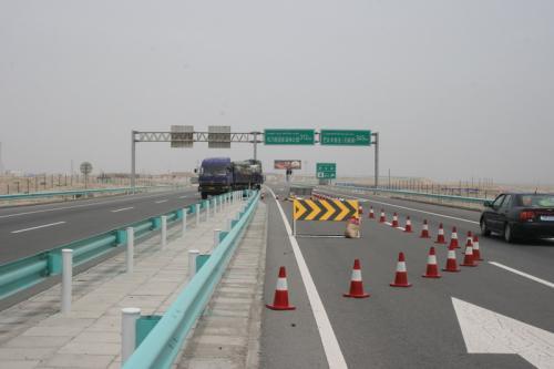 微表处道路施工的性能优势